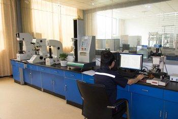 金相分析室
